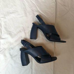 MERCEDES CASTILLO Shoes - Mercedes Castillo Hae Slingback Navy